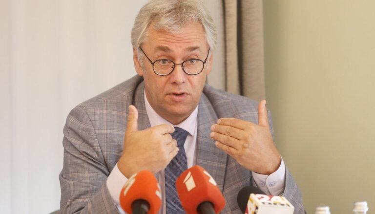 Perevoščikovs: stingri Covid-19 ierobežojoši pasākumi ir jāievieš vismaz uz trim nedēļām