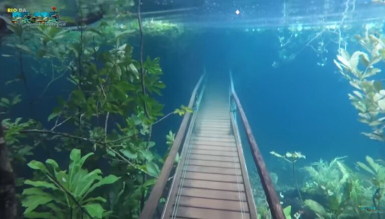 Video: Dabas taka Brazīlijā, kas spēcīgu nokrišņu dēļ uz brīdi pārtapa zemūdens paradīzē