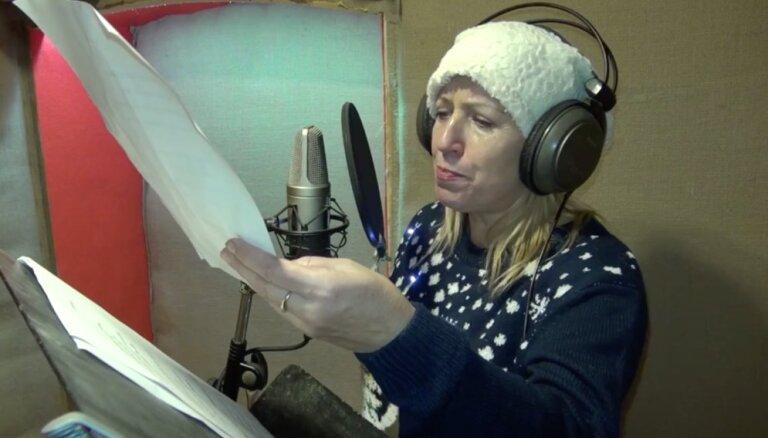 Video: Latvijas mūziķi velta kopdziesmu Jāņa Vaišļas atbalstam