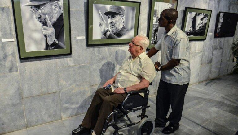 На Кубе скончался близкий соратник Фиделя Кастро