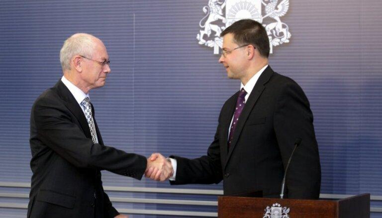 ES prezidents: Latvijas vēlme pievienoties eiro - tālredzīgs un drosmīgs solis