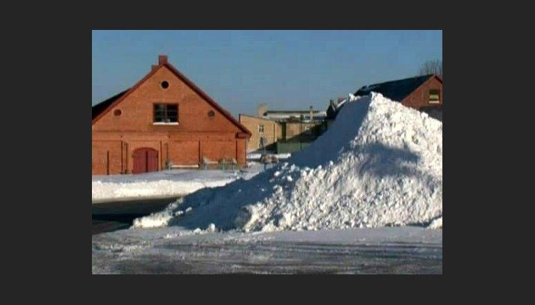 Kāpēc Ventā ber sniegu?