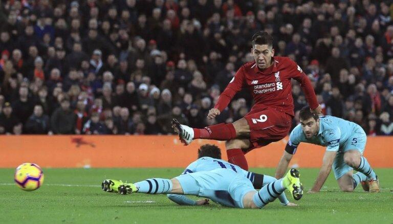 Firminu izceļas ar 'hat-trick' 'Liverpool' graujošā uzvarā pār 'Arsenal'