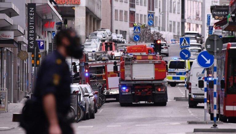 В центре Стокгольма грузовик наехал на людей: погибли четыре человека, 15 ранены