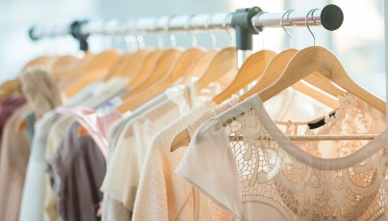 Крупнейший в Балтии торговец одеждой реорганизует сеть магазинов