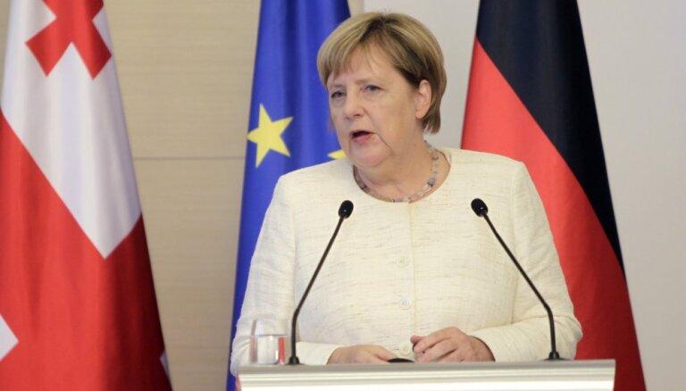 'Nord Stream 2' nepadarīs Vāciju atkarīgu no Krievijas, izsakās Merkele