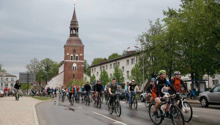 Valmiera un Jēkabpils reģionālajā reformā var zaudēt centru statusu, brīdina Kaminskis