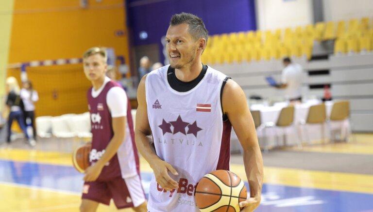 Jānis Blūms: Latvija jau bez drāmas nevar