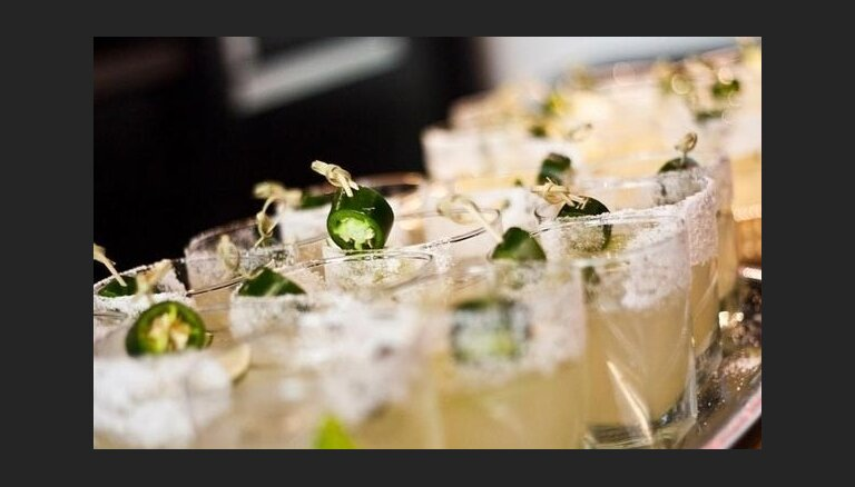 Alus kokteiļi - dzērieni Jāņu sagaidīšanai