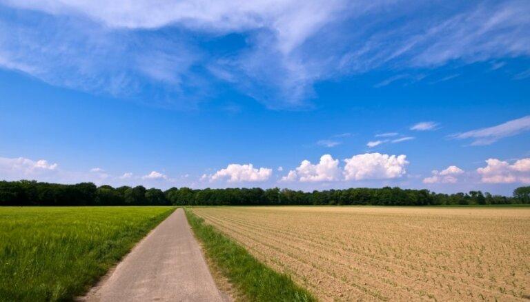 Министры нашли 129 млн. латов на сельское хозяйство и деревенские дороги