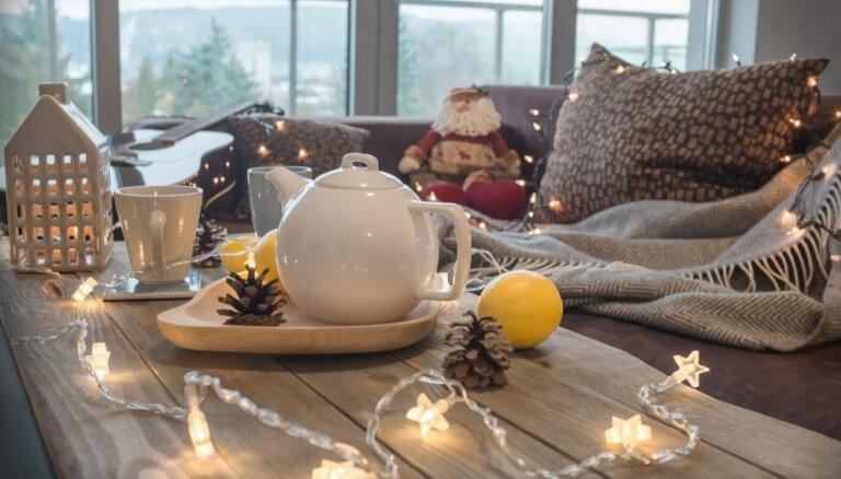 Ziemassvētki bez stresa un raizēm: mājas darbi, kas jāpaveic pirms svinībām