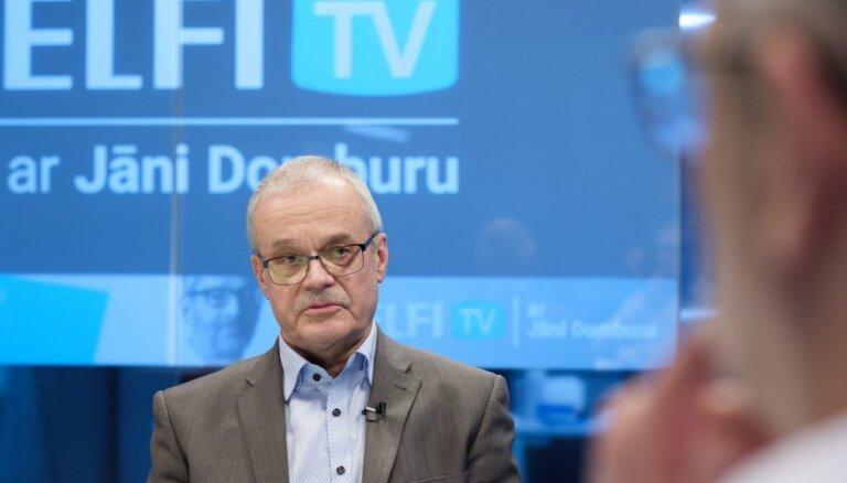 Latvijas neatkarības atgūšanas brīdī reāli ziņotāji bija ap 1000, saka Indulis Zālīte