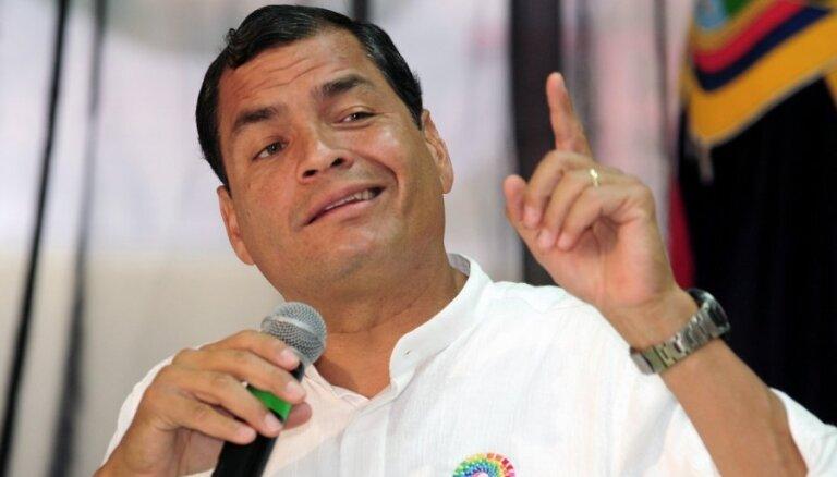 Суд заочно приговорил экс-президента Эквадора к восьми годам за коррупцию