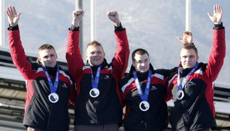 Oficiāli mainīti Soču olimpiādes rezultāti, Melbārža četriniekam piešķirs zelta medaļas