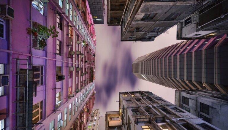 Reibinoši foto: Honkongas debesskrāpji neierastā rakursā