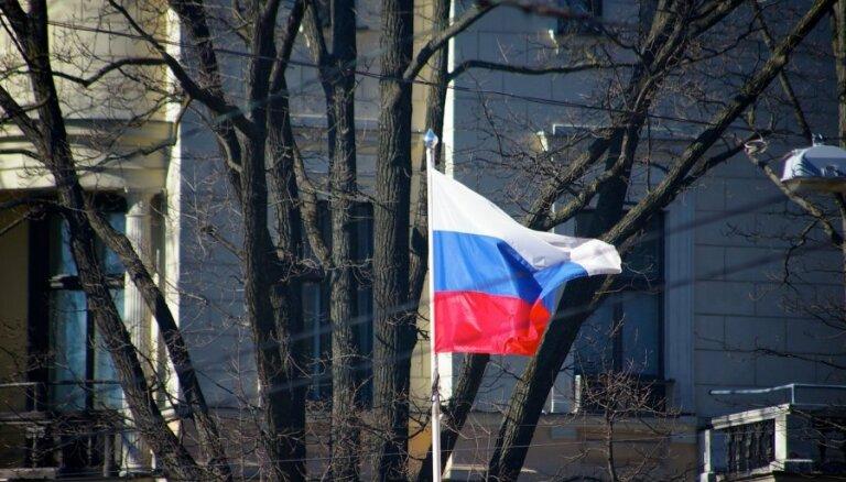 Krievija mēģina mazināt ES un NATO vienotību, norāda politiskie direktori