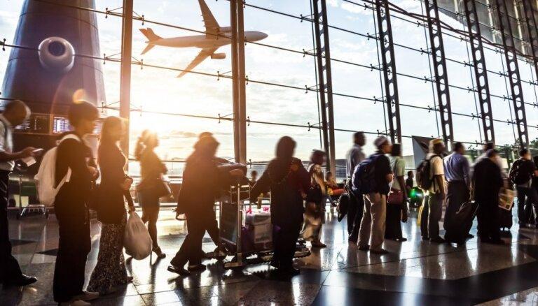 Инцидент в аэропорту Вильнюса: приехавших на частный праздник американцев не впустили в Литву