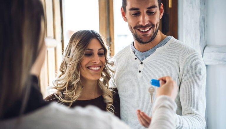 Kopdzīve: kā uzsākt sarunu, kā zināt, ka esat gatavi, un kāpēc labāk vēl pagaidīt