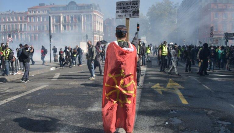 Francijā policistu pašnāvību vilnis izraisījis kārtības sargu protestus