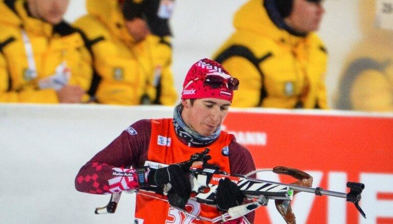 Rastorgujevu atkal pieviļ slēpošana pēdējos kilometros