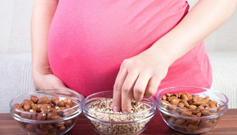 Decembrī topošās un jaunās mammas aicina bez maksas izglītoties par veselīgu uzturu