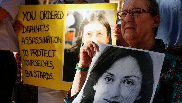 Eiropas Padomes komisāre mudina Maltu izbeigt civillietas pret noslepkavotās žurnālistes ģimeni