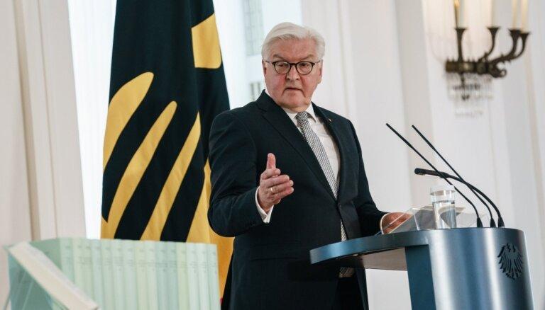 Vācijas prezidents noraida Ukrainas pārmetumus par kara piemiņas pasākumu