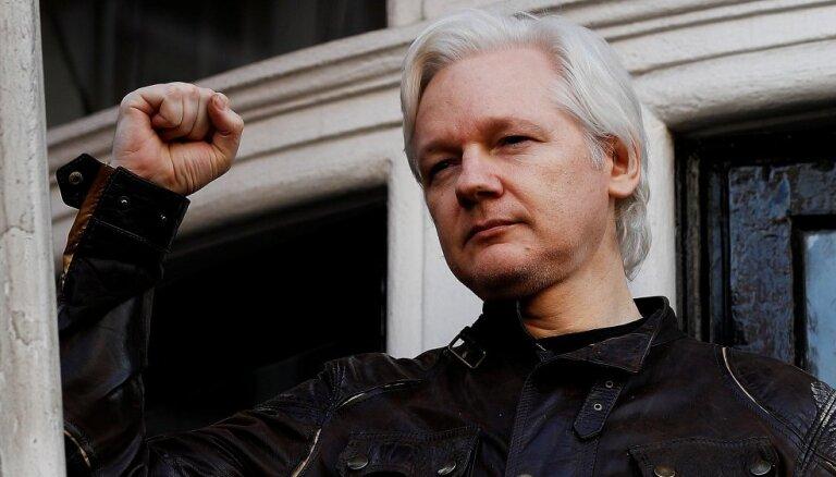 Ассанжа обвинили в крупнейшем хищении секретной информации в истории США