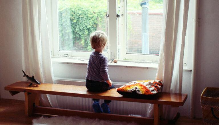 Līdz gada beigām labdarības akcijā vāks naudu smagi slimu bērnu paliatīvajai aprūpei