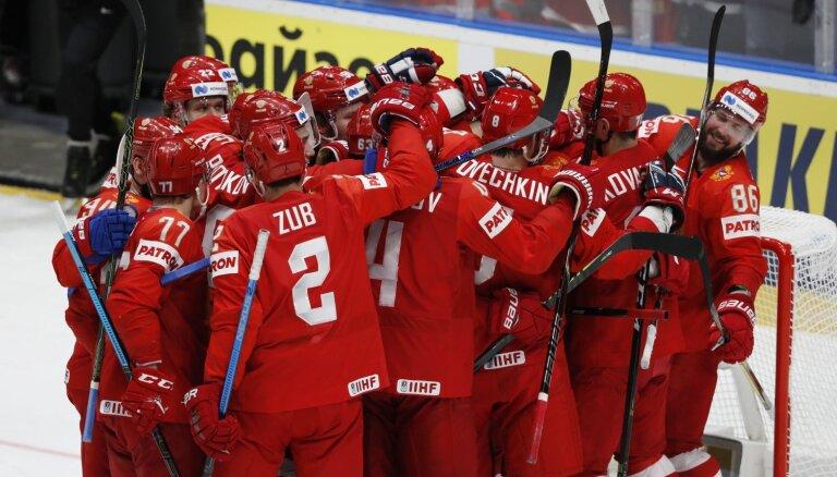 Izcilais Vasiļevskis palīdz Krievijai 'bullīšos' izcīnīt bronzas medaļas