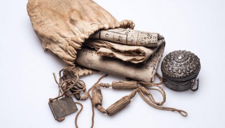 Kā apieties ar amuletu? Atbildes uz visbiežāk uzdotajiem jautājumiem