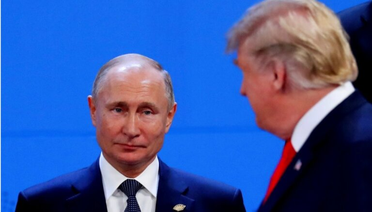 Трамп ввел новые санкции против России из-за химатаки в Солсбери