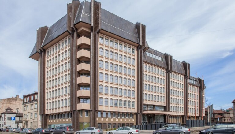Pilsētas attīstības departaments nomās telpas 'Riverside offices'