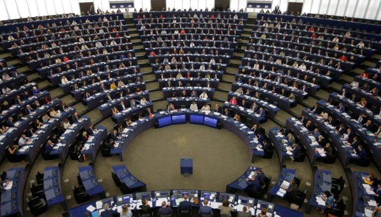 EP aicina vērsties pret visiem rasisma, naida un vardarbības veidiem
