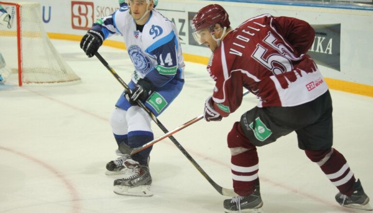 Rīgas 'Dinamo' noslēdz līgumus ar kanādieti Klārku un jau iepazīto zviedru Videlu
