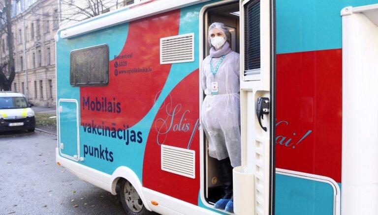 Saeima konceptuāli atbalsta noteikt pienākumu darba ņēmējiem vakcinēties pret Covid-19