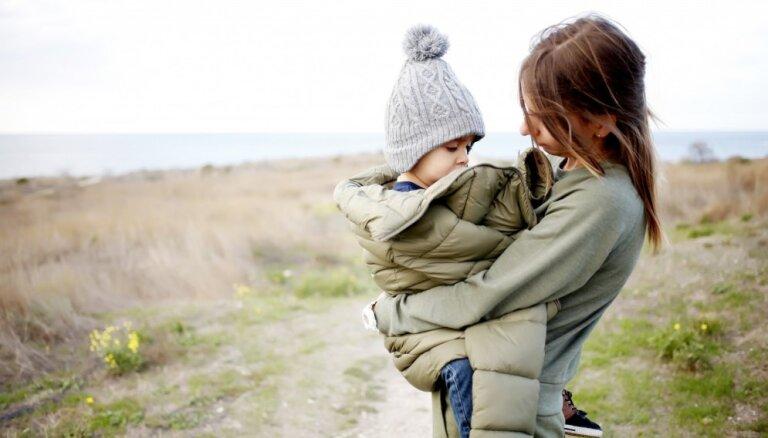 Rīgā veido bezmaksas atbalsta grupas vientuļajiem vecākiem