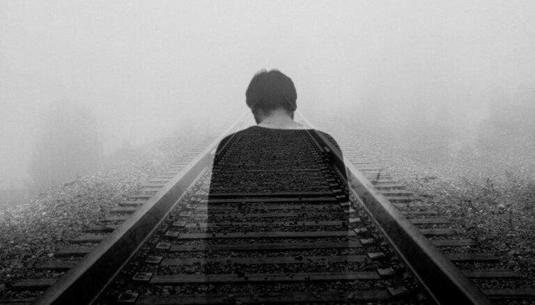 Семья, депрессия, алкоголизм: как становятся самоубийцами