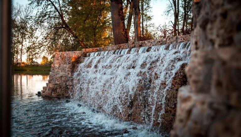 ФОТО. В Кокнесе после зимы вновь заработал водопад Персес