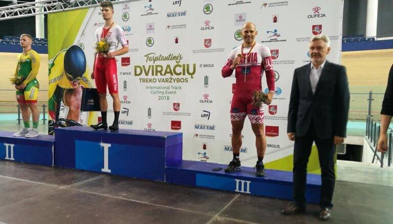 Ķiksis uz goda pjedestāla UCI kategorijas elites treka sacensībās Lietuvā