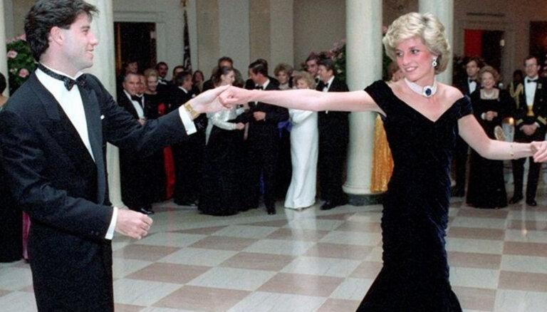 Танец не спас: платье Дианы никто не купил