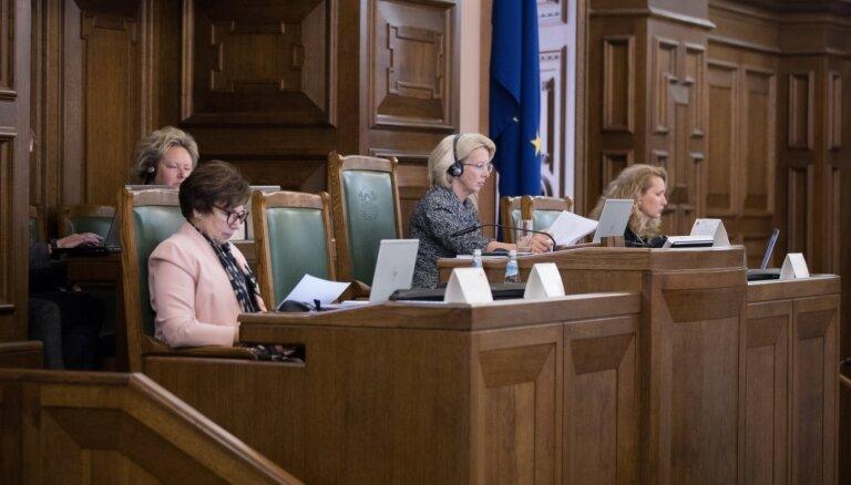 Saeima konceptuāli atbalstījusi 'pēc krīzes' likumprojektu paketi (plkst. 14:40)