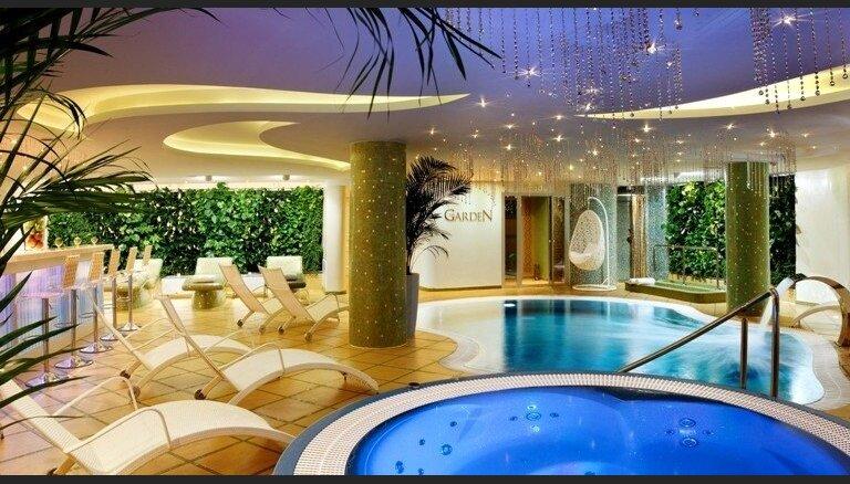 Baltic Beach Hotel & SPA saulainā nakts