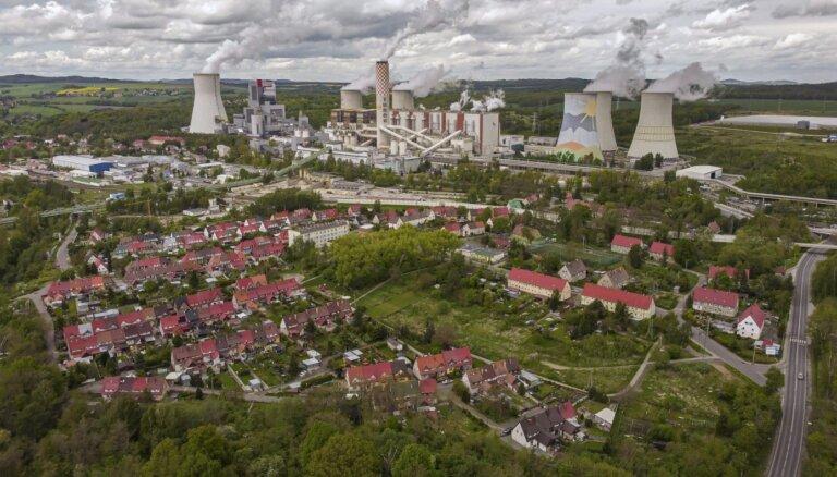 Čehija lūgs ES tiesu piemērot Polijai sodanaudu par ogļraktuvju neslēgšanu