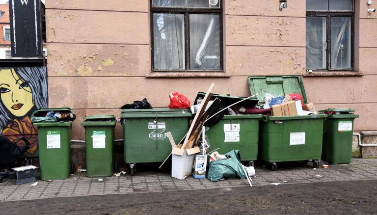 Объявлен повторный конкурс на предоставление услуг по вывозу мусора в Риге
