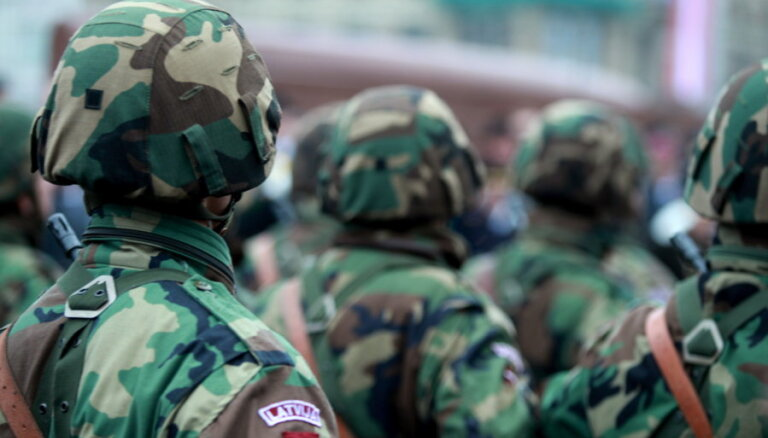 Pāvilostas novada deputāte Mežavilka noliek mandātu un aiziet armijā