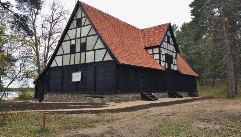 Brīvdabas muzejā apmeklētājiem atklās restaurēto Liepājas ostas noliktavu