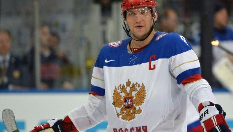 Ovečkins pēc spēles izlaišanas būs Krievijas izlases sastāvā PČ ceturtdaļfinālam