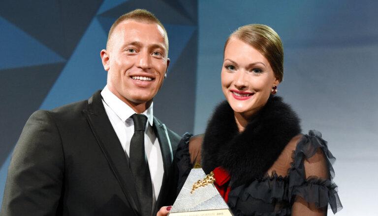 Латвийская семиборка-красавица сообщила о разводе с мужем-физиотерапевтом