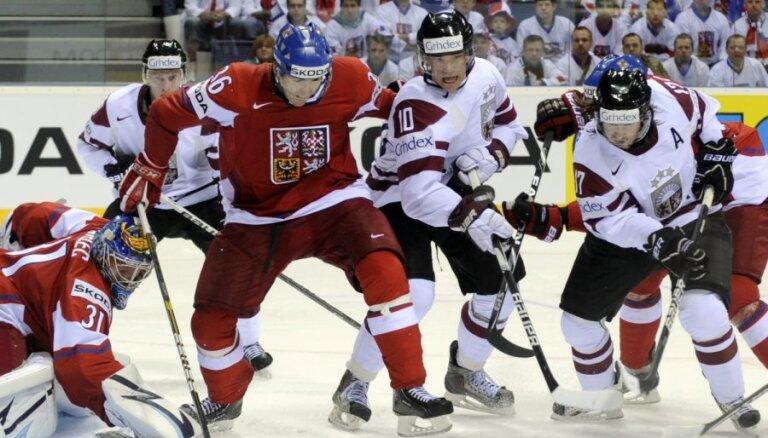 Латвия — Чехия: 21-летний дебютант Индрашис против 40-летнего дебютанта Недведа